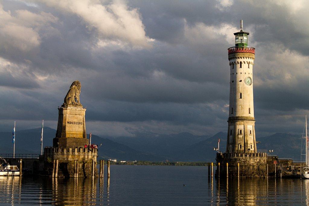 Löwe und Leuchtturm am Hafen Lindau